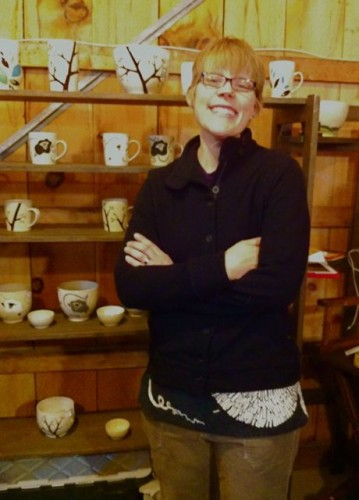 Jennie the Potter taking a break from making  Knitty Anniversary mugs.