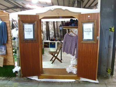 baa ram ewe's Knitty Narnia booth!